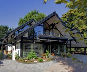 Casa prefabricada de madera modulares y Casa Móvil o Mobile Homes de Tejado Negro